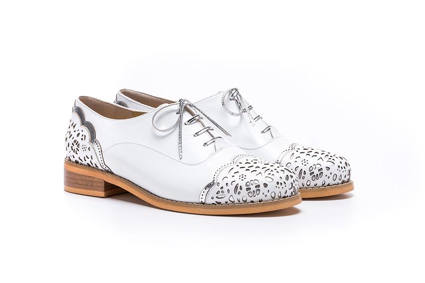 Kilasika Leather Shoes - White Silver