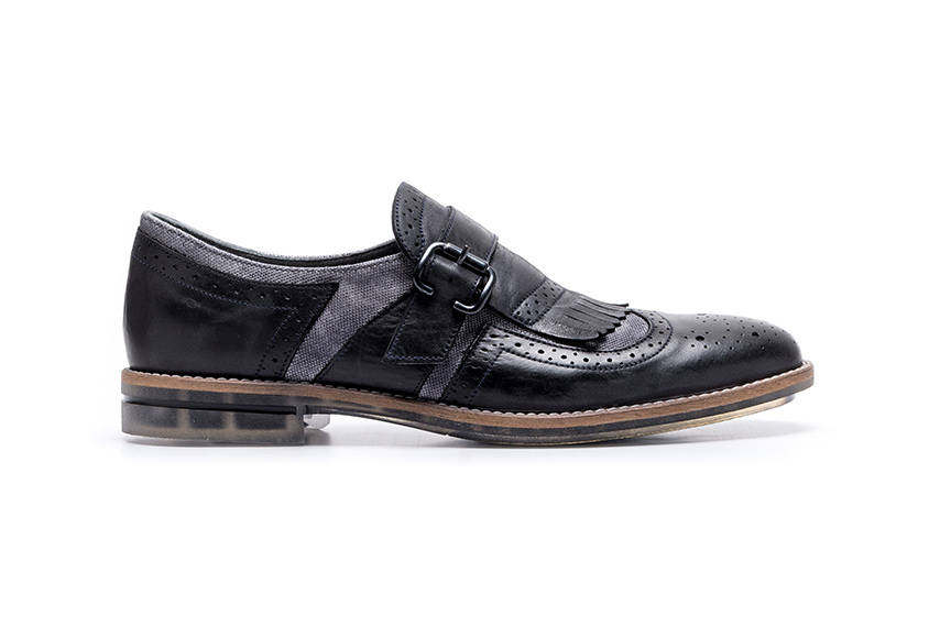 Tufty Leather Buckle Shoes - Gray